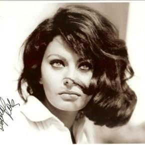 Sophia Loren Look. Heavy Winged Cat Eyes And SensuousLips