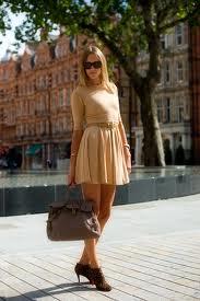 2012 London Street Style - pleated skirt