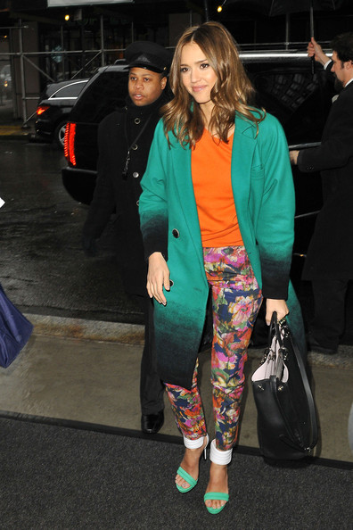 Jessica Alba in Floral Print Trousers - 2012 Spring Trend