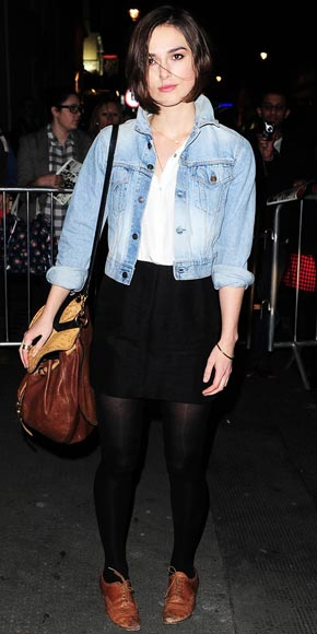 Keira Knightely '90s Inspired Fashion denim jacket