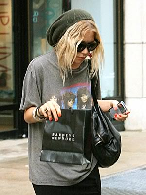 Mary Kate Oolsen '90s Fashion Grunge Style