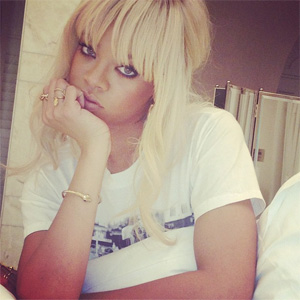Rihanna as a blonde babe a few days ago