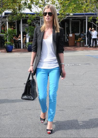 Nicky Hilton in  White T-Shirt