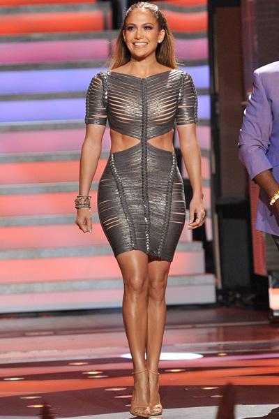 Jennifer Lopez baring midriff in Herve Ledger by Max Azria SS 2012 dress
