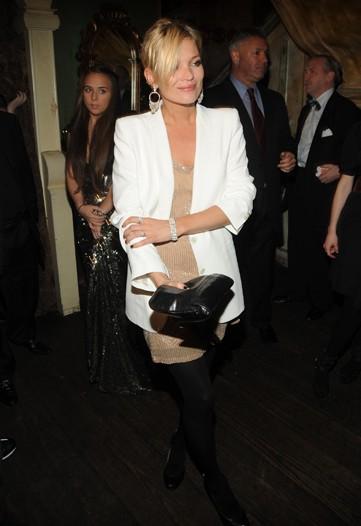 Kate Moss Style Icon  - white blazer