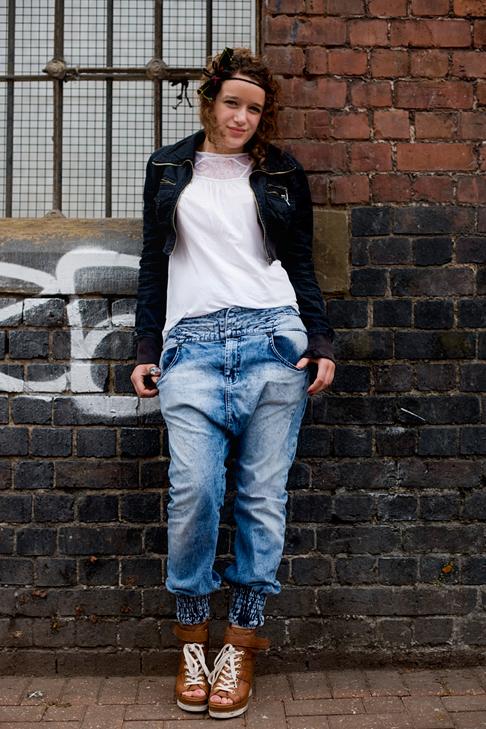 Sneakers - London Street Style