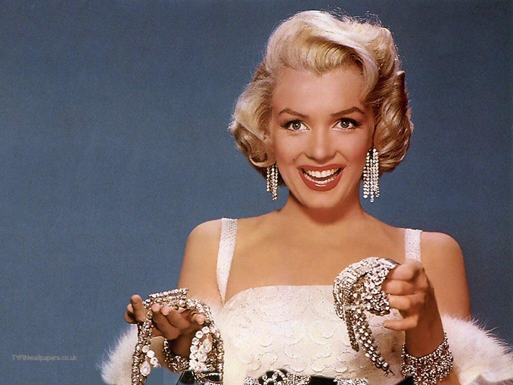 Http Thefashiontag Wordpress Com 2012 06 02 Happy Birthday Marilyn Monroe
