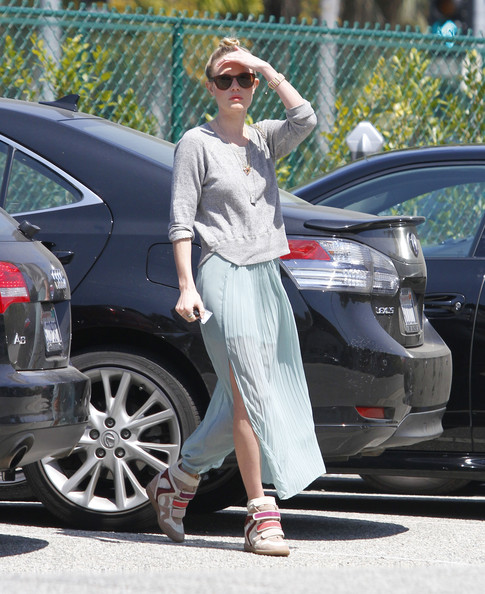 2012 Pleated Skirt - Kate Bosworth