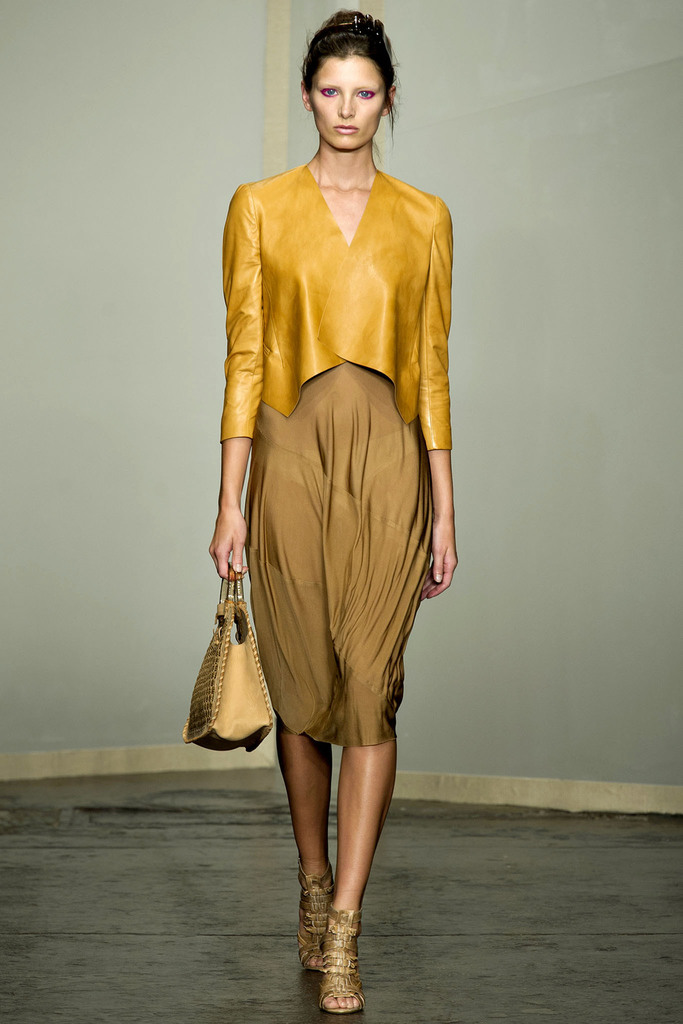 Donna Karan 2013 Spring Collection - New York Fashion Week
