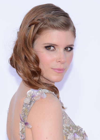 Kate Mara makeup & hair - 2012 Emmy Awards