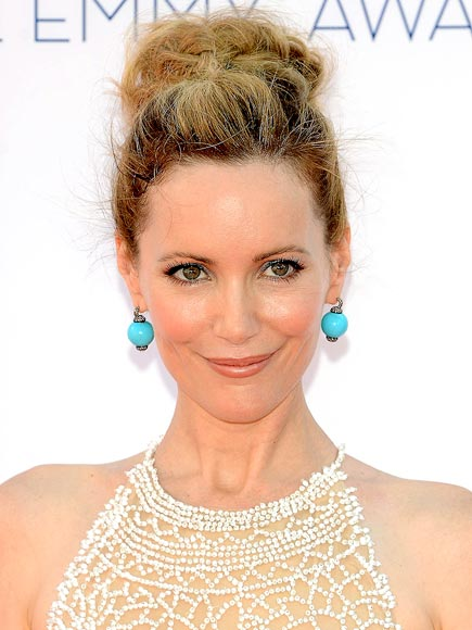 Leslie Mann makeup & hair - 2012 Emmy Awards