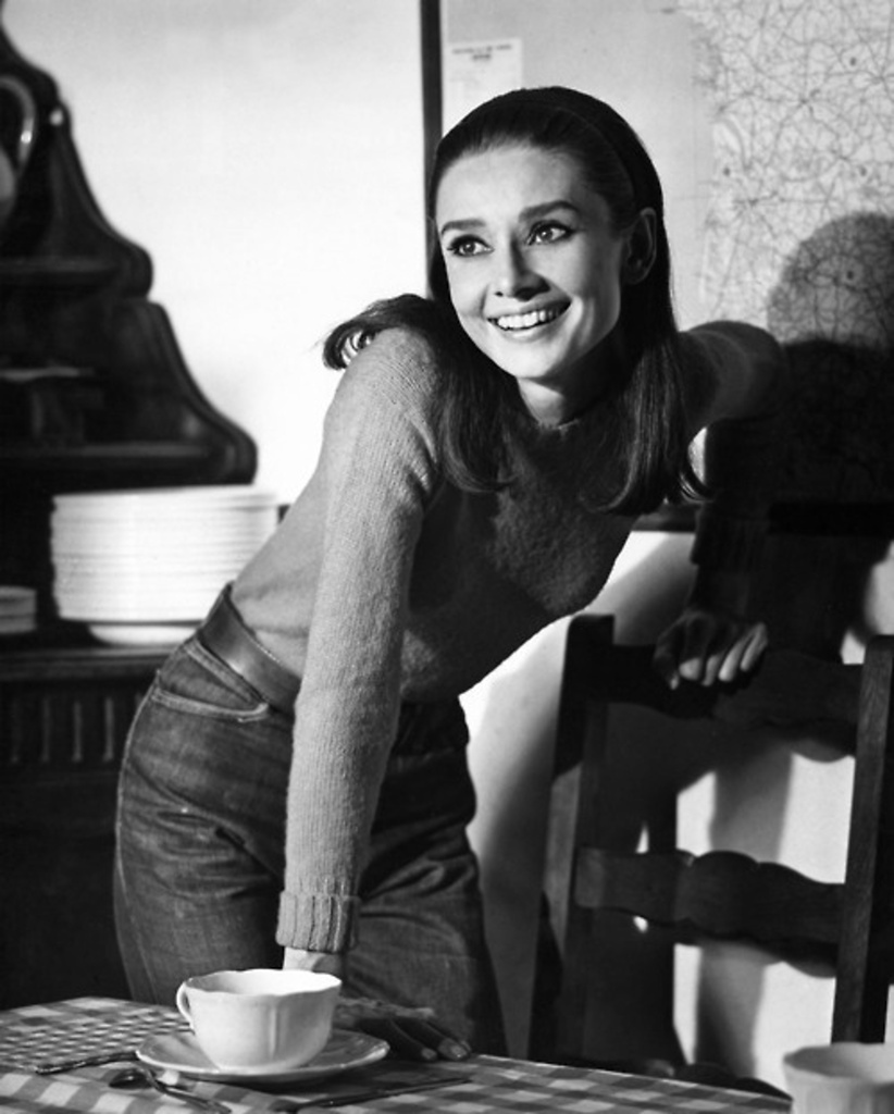 1000 images about audrey hepburn on pinterest audrey hepburn audrey hepburn style and audrey. Black Bedroom Furniture Sets. Home Design Ideas
