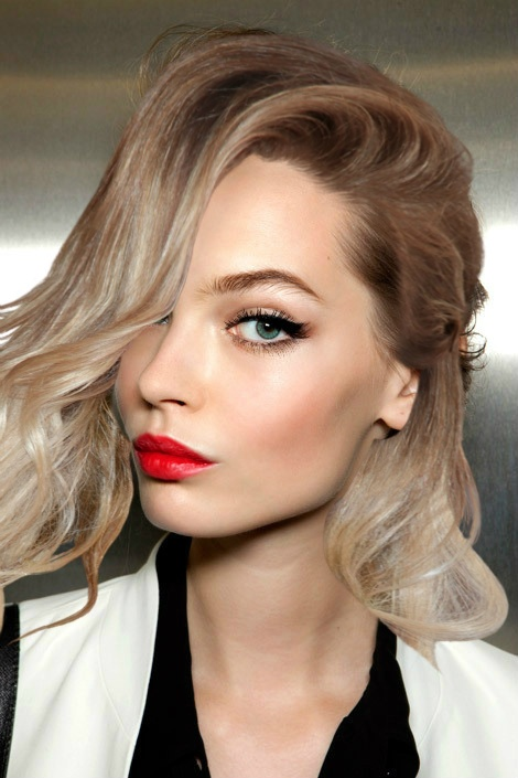 Beauty Look - Red Lips
