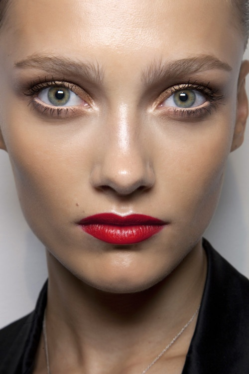 Red Lipstick Make up