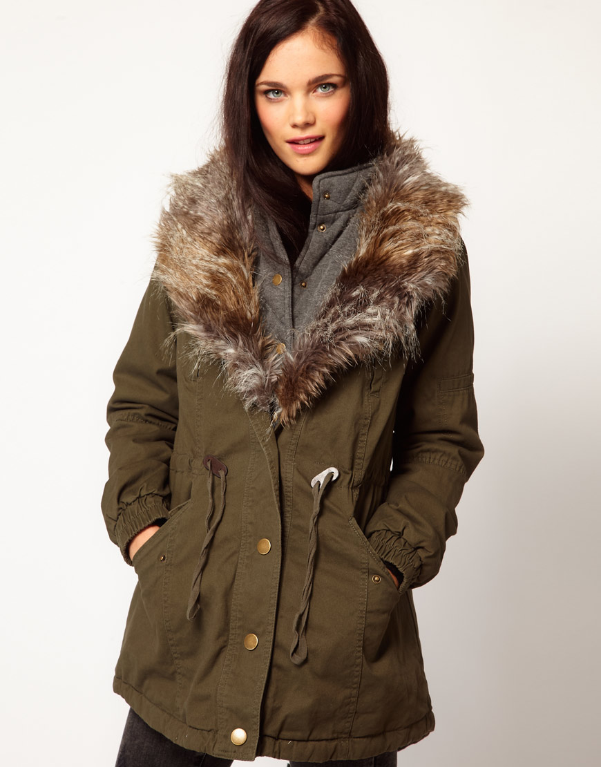 river island faux fur collar parka 2013 winter trends What To Wear This Winter? Is Parka The It Coat Of 2012/2013?