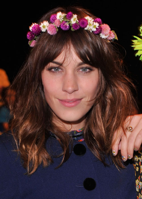 alexa chung flower headband Headpieces Trend Alert For 2012   2013 Autumn/Winter! Would You Wear Them?
