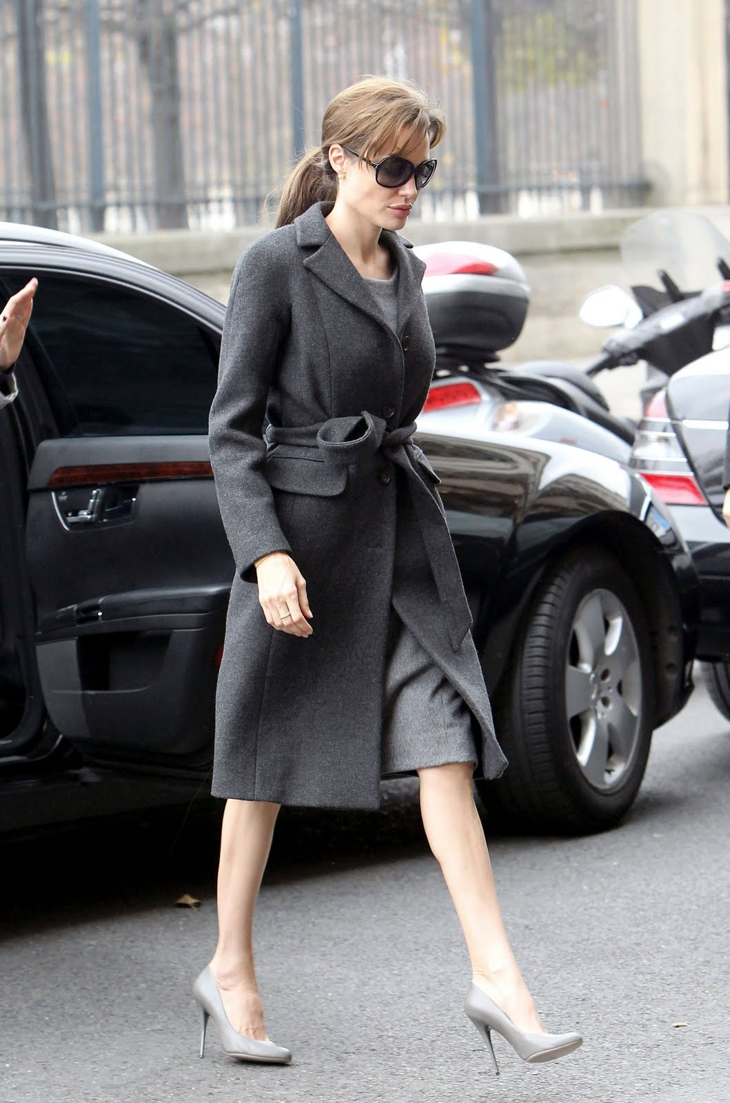 angelina jolie winter coat Coat Styles For Winter 2013! What To Wear?