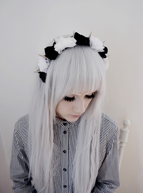 Black & white Flower Headpiece