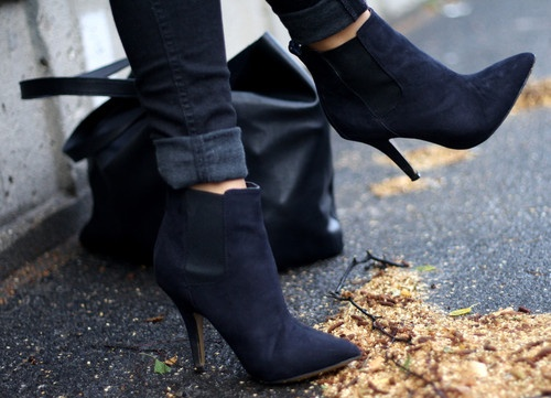 black heels ankle boots skinny jeans How To Wear Ankle Boots? Looks, Tips & Street Style Close Up!