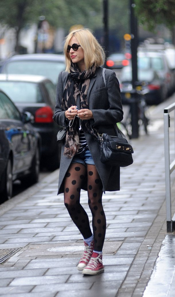 Fearne Cotton - tights & denim shorts