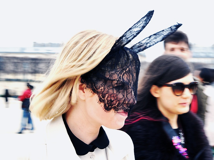 funky headpiece street style Headpieces Trend Alert For 2012   2013 Autumn/Winter! Would You Wear Them?