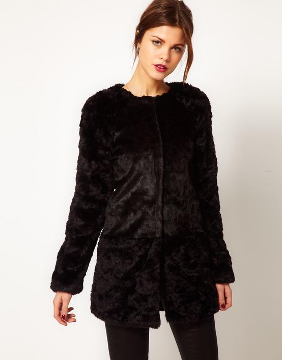 fur coat stye Coat Styles For Winter 2013! What To Wear?