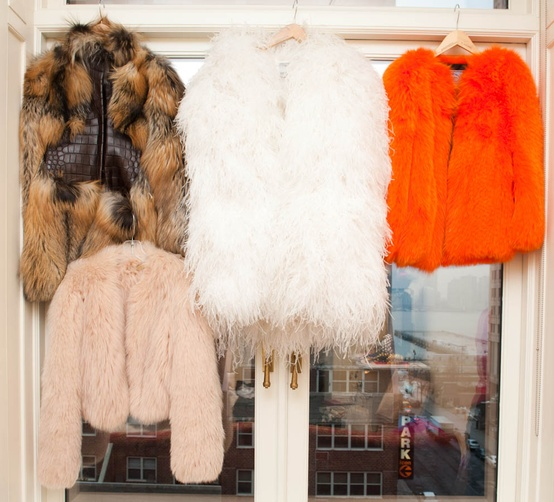 fur coats Coat Styles For Winter 2013! What To Wear?