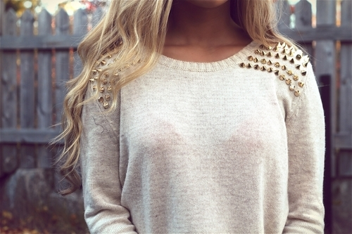 Jumper with shoulder studs
