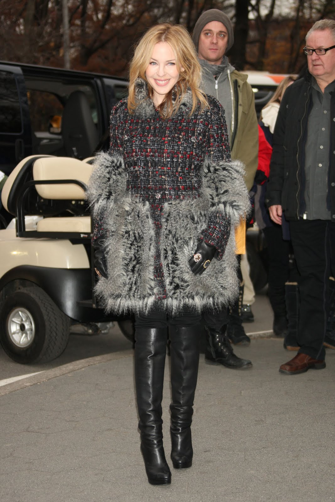 kylie minogue coat Coat Styles For Winter 2013! What To Wear?