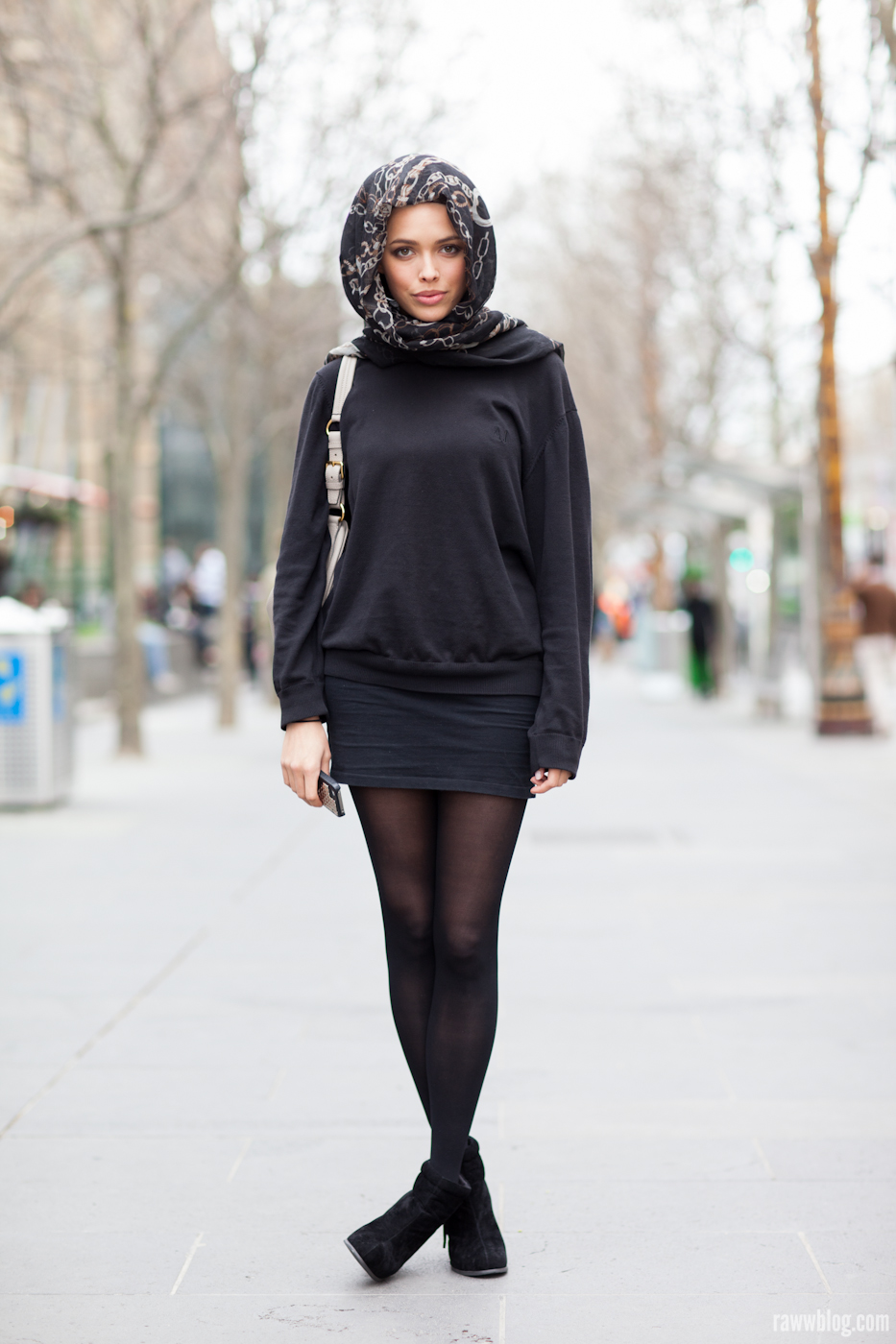 Model Off Duty Look - All Black