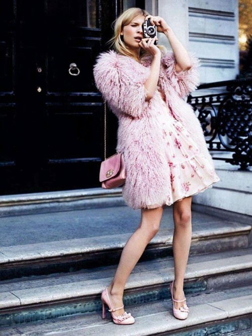 pink fur coat Coat Styles For Winter 2013! What To Wear?