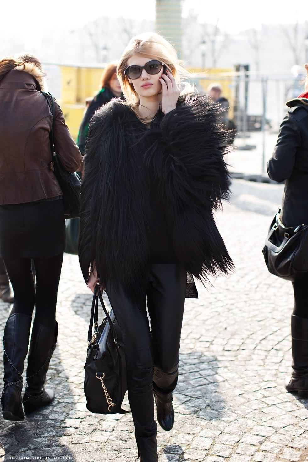 Model Street Style - All Black Outfit