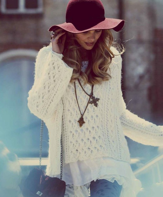 swater and hat Knitwear Styles For 2013 Winter! Comfort Meets Glam In Sweaters, Jumpers & Cardigans!