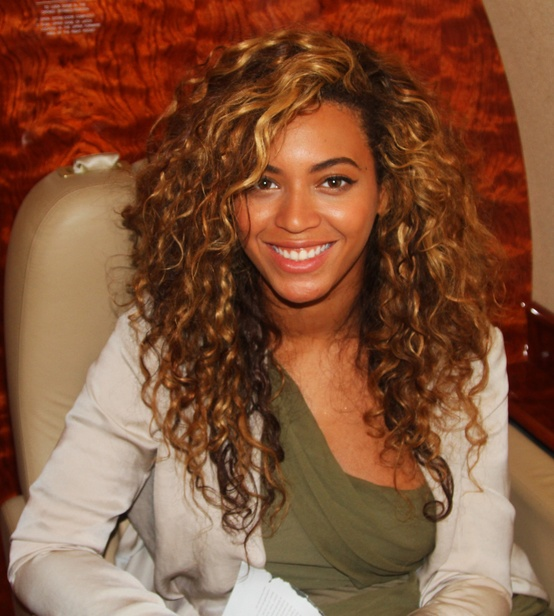 beyonce-curly-hair.jpg?w=554