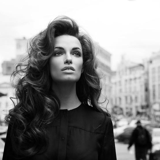 big-curls-hairstyle-look