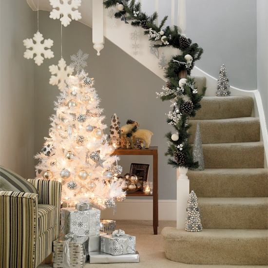 christmas-tree-white