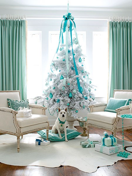 merry-christmas-decorations-blue-white