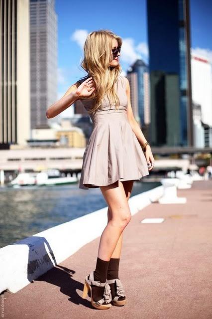 socks-dress-style