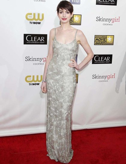 Anne Hathaway at Red Carpet Critics Choice Awards 2013