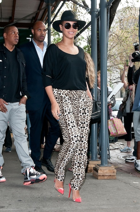 beyonce knowles, jay-z  new york city, usa - 15.04.2012