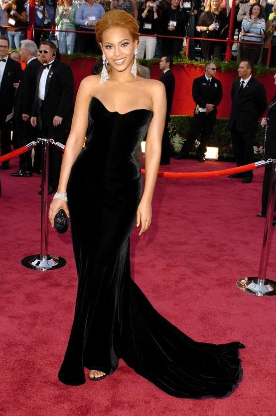 beyonce-red-carpet-black-mermaid-dress