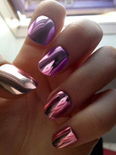 holographic-mirror-nails