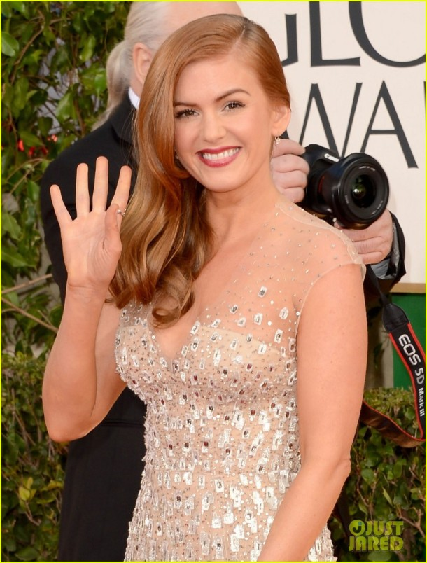 isla-fisher-golden-globes-2013-red-carpet-hair-makeup