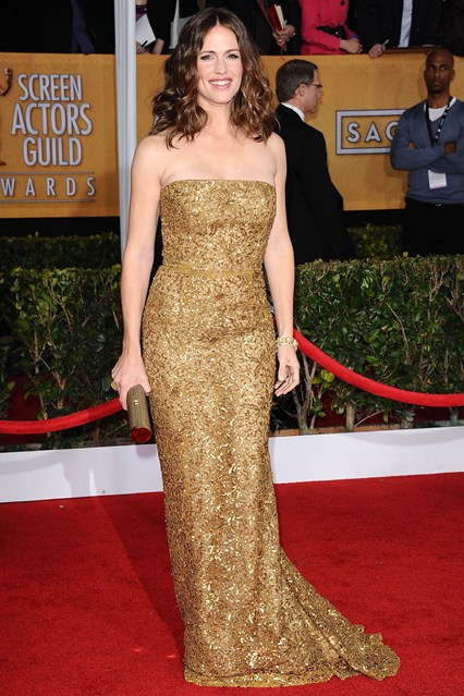 jennifer-garner-red-carpet-sag-2013-oscar-de-la-renta