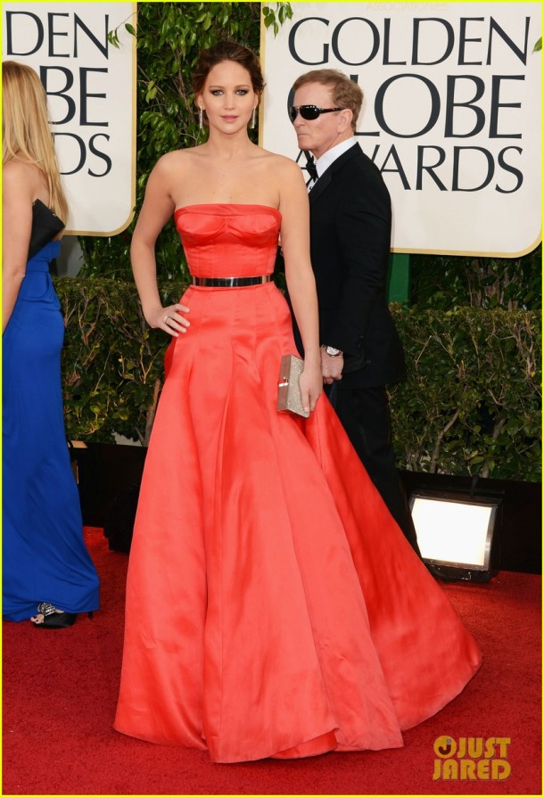 jennifer-lawrence-golden-globes-2013-red-carpet-dress
