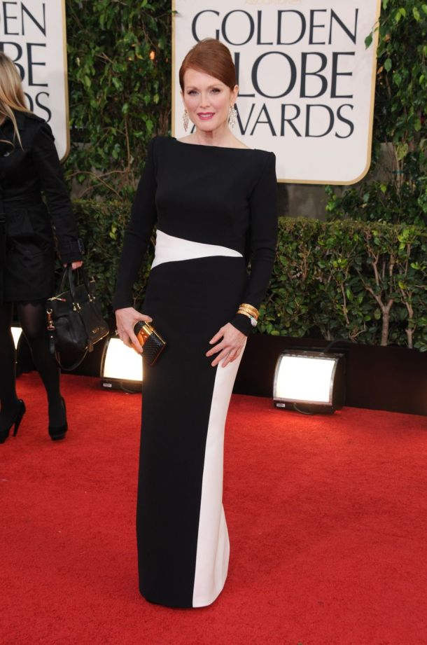 julianne-moore-golden-globes-2013-dress