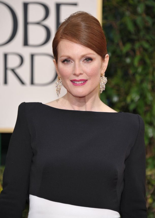 julianne-moore-golden-globes-2013-makeup