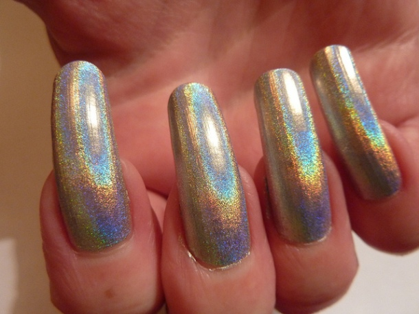 long-holographic-nails