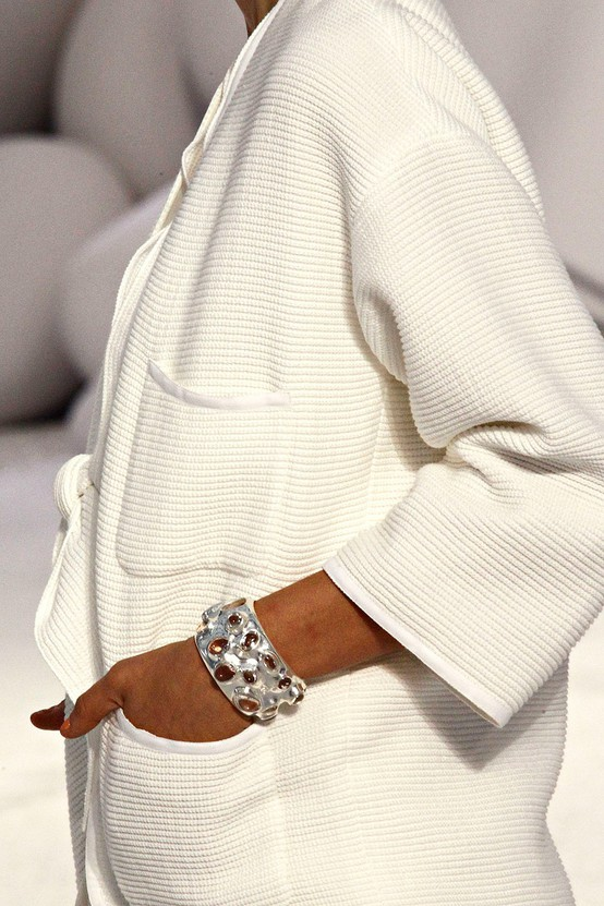 office-look-white-coat