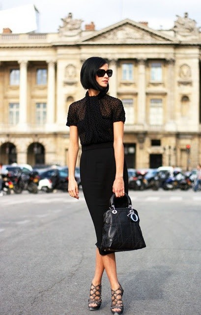 office-style-all-black-skirt-top